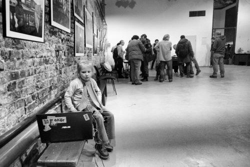 Vystavka Moskva Artema ZHiteneva v CHB dsc3901 500x333 - Выставка «Москва» Артема Житенева в ЧБ DSC3901  ©Александр Олевский